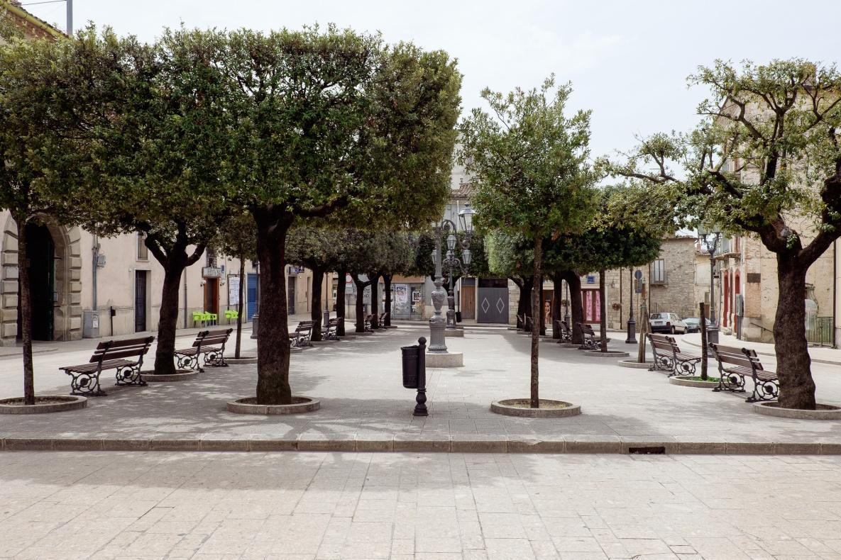 San Bartolomeo in Galdo (BN) anno 2001 - residenti: 5.825 anno 2014 - residenti: 4.892